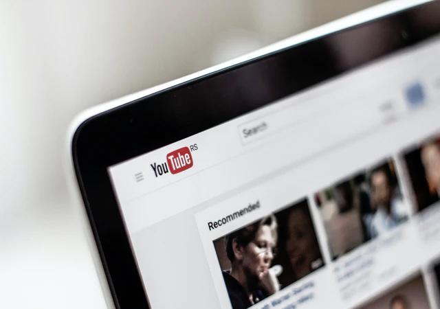 Jak zarabia się na Youtubie