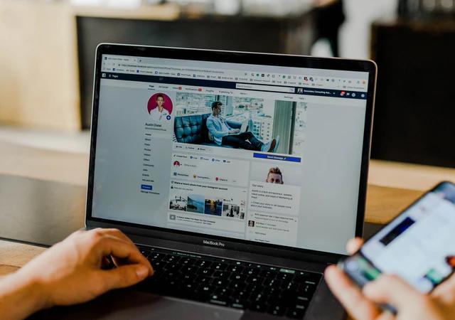 Jak prowadzić fanpage na Facebooku